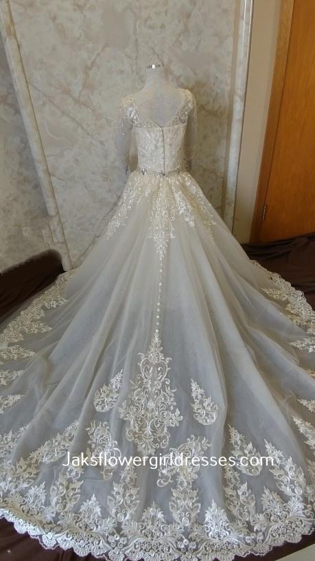 Match your date's dress wedding